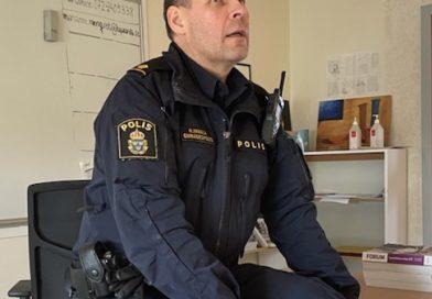 Polisen föreläser om kommunikation…och gör reklam för polisyrket
